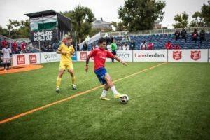 Уличный футбол для взрослых