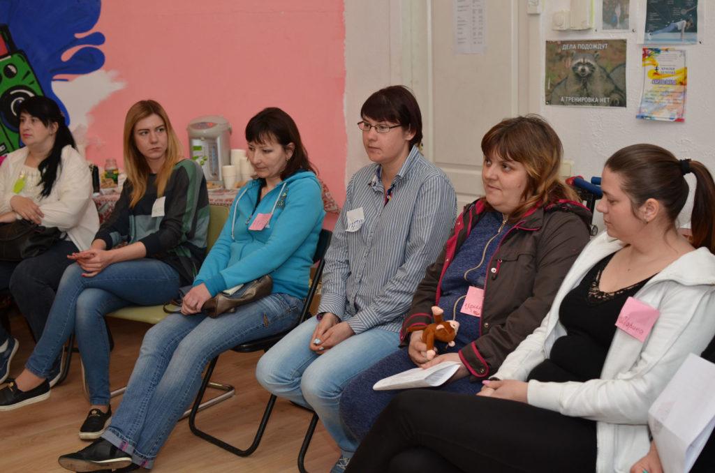 В «Дороге к Дому» женщин-переселенок учили распознавать насилие