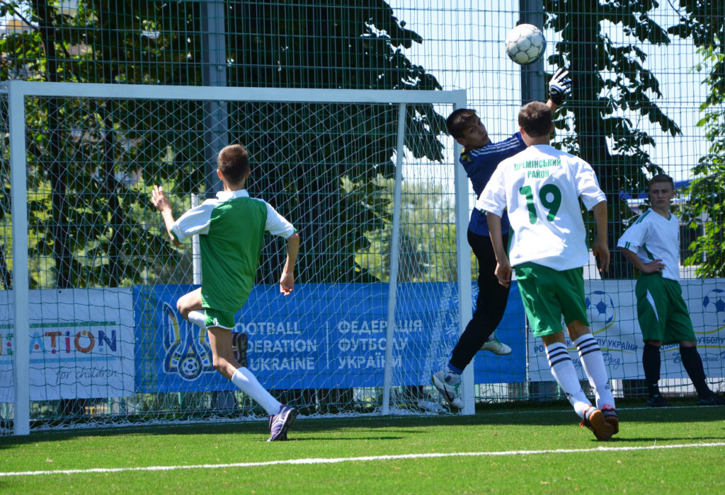 Детская футбольная команда из «Дороги к Дому» сыграла на футбольном турнире.
