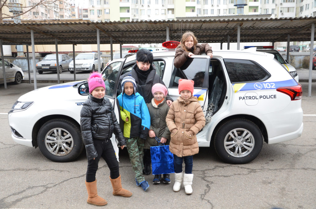 """The children from the """"Way Home"""" visited the patrol police of Odessa"""