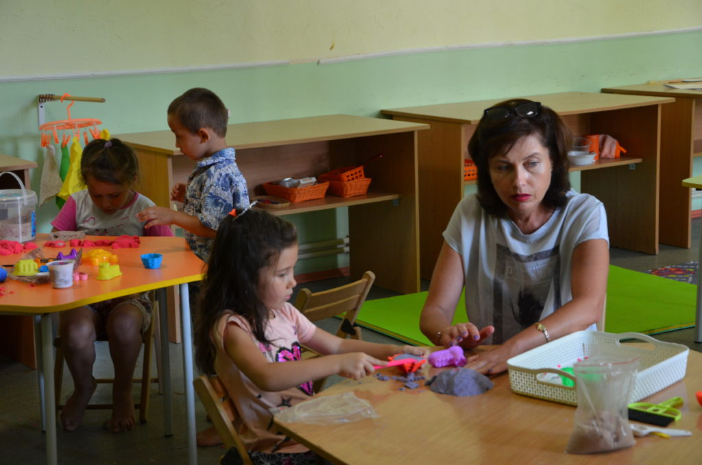 Одеський Благодійний Фонд «Шлях до Дому» відкриває клас Монтессорі